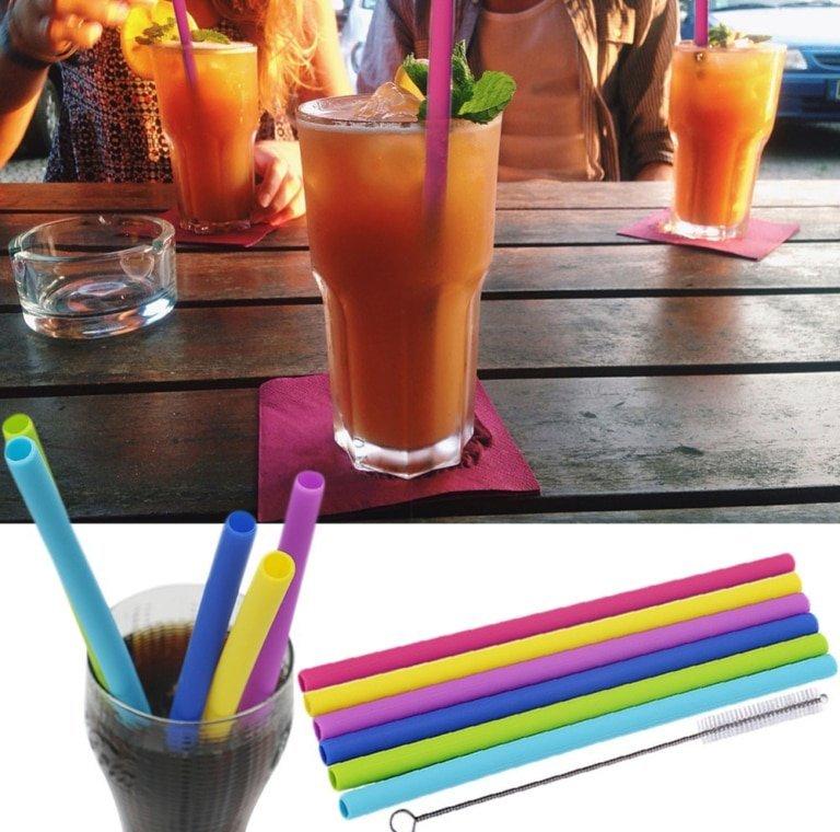 boisson coca cola avec pailles en silicone couleurs differentes